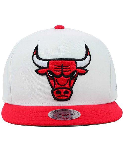 09dc8b773bf62a Mitchell & Ness Chicago Bulls XL Logo Snapback Cap & Reviews ...