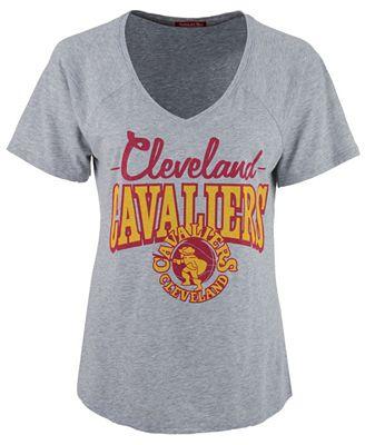 Mitchell & Ness Women's Cleveland Cavaliers Score V-Neck T-Shirt