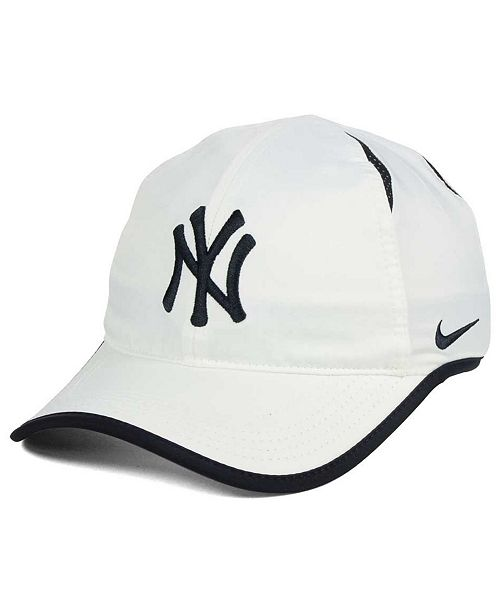 Nike New York Yankees Dri-FIT Featherlight Adjustable Cap - Sports ... e07ea440c1f6