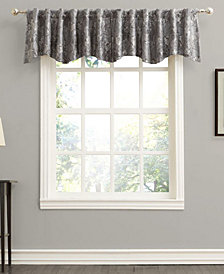 "Sun Zero Mayfield 54"" x 18"" Floral Blackout Rod Pocket Curtain Valance"