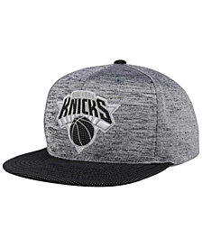 Mitchell & Ness New York Knicks Space Knit Snapback Cap