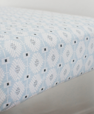 Petunia Pickle Bottom Southwest Skies 100 Cotton GeoPrint JerseyKnit Fitted Crib Sheet Bedding