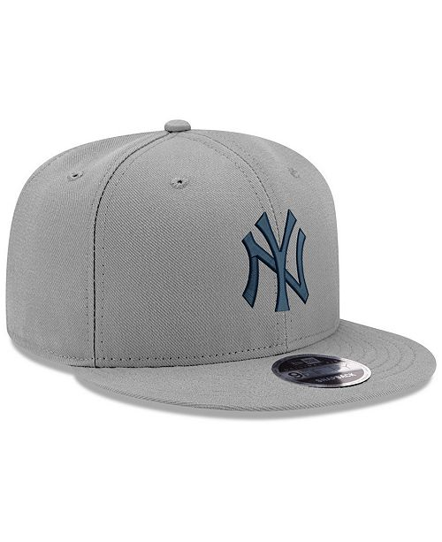 low priced f2333 c1e04 ... New Era New York Yankees Clubhouse 9FIFTY Snapback Cap ...