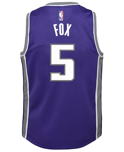 premium selection a0da2 2ae50 De'Aaron Fox Sacramento Kings Icon Swingman Jersey, Big Boys (8-20)