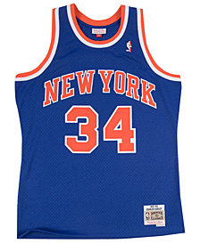 Mitchell & Ness Men's Charles Oakley New York Knicks Hardwood Classic Swingman Jersey
