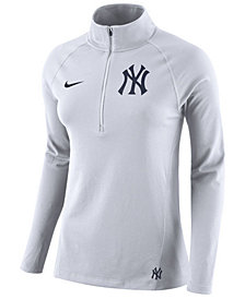 Nike Women's New York Yankees Half-Zip Element Pullover