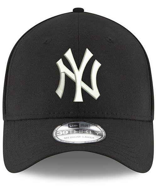 c1cbd5ab7ed9c New Era New York Yankees Dub Classic 39THIRTY Cap   Reviews - Sports ...