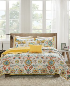 Intelligent Design Nina 4-Pc. Twin/Twin Xl Coverlet Set Bedding 6051530