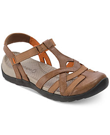 Bare Traps Fifer Rebound Technology™ Flat Sandals