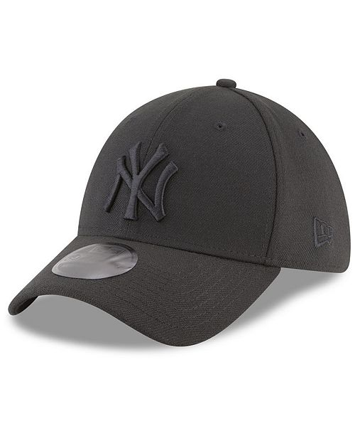 6828a2a3d0526a New Era New York Yankees Blackout 39THIRTY Cap & Reviews - Sports ...