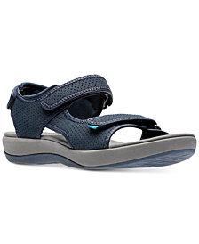 Clarks Collection Women's Brizzo Sammie Flat Sandals