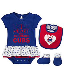 Outerstuff Chicago Cubs Bib & Booty Set, Infant Girls (0-9 Months)