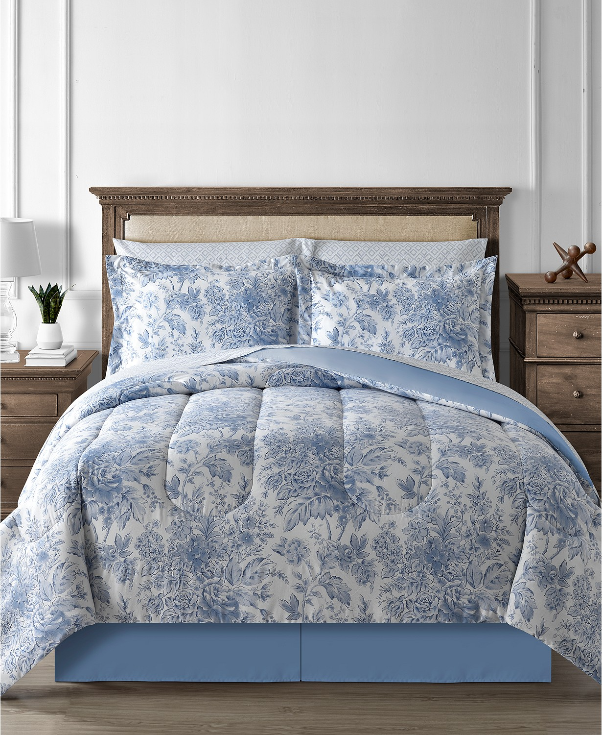 Fairfield Floral Toile 8-Pc. King Reversible Comforter Set
