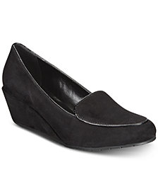Kenneth Cole Reaction Women's Smoking Wedges