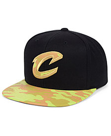 Mitchell & Ness Cleveland Cavaliers Natural Camo Snapback Cap