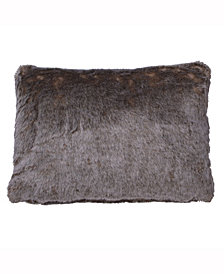 Vickerman Decorative Pillow Featuring Luxurious And Rich Faux Fur Design