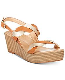 XOXO Darlen Platform Sandals