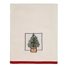 CLOSEOUT! Avanti Farmhouse Holiday Bath Towel