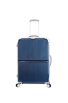 "Triforce Sterling 30"" Spinner Luggage"