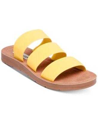 Steve Madden Womens Pascale Flat Sandal