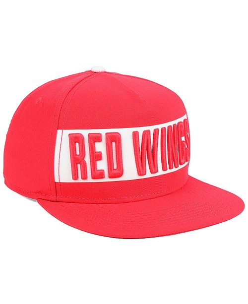 2cba95831e0 ... Authentic NHL Headwear Detroit Red Wings Iconic Facing Snapback Cap ...