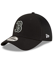 New Era UCLA Bruins Black White Neo 39THIRTY Cap
