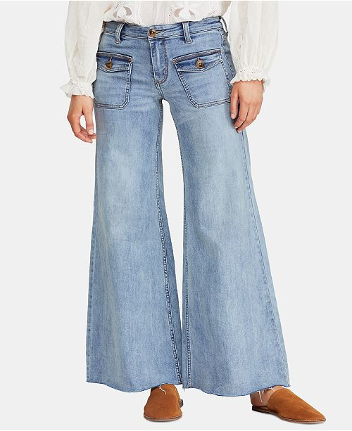 sports shoes ec675 dcfac ... Free People Hailey Low-Rise Bell-Bottom Jeans ...