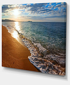 "Designart Gili Island Tropical Beach Large Seashore Canvas Print - 40"" X 30"""