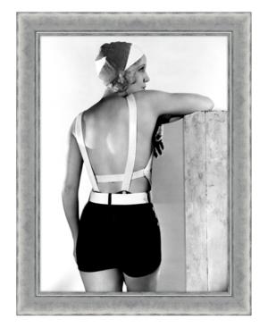 Beauty Queen Framed Giclee Wall Art - 28