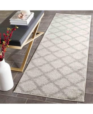 """Adirondack Ivory and Silver 2'6"""" x 10' Runner Area Rug"""