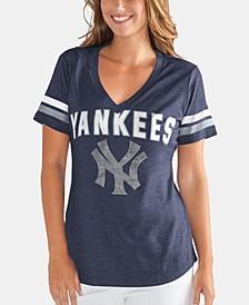 Women's New York Yankees Rounding the Bases T-Shirt