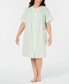 Miss Elaine Plus Size Seersucker Short Gripper Robe