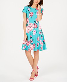 Jessica Howard Petite Floral Fit & Flare Dress