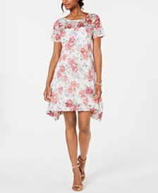 Robbie Bee Petite Floral-Print Lace Trapeze Dress
