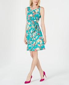 Robbie Bee Petite Floral Printed Faux-Wrap Dress