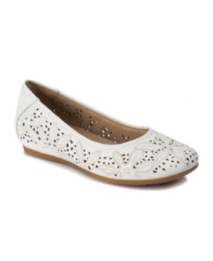 Mariah Comfort Flat Shoe Women's Shoes