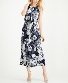 Robbie Bee Petite Floral Sleeveless Maxi Dress