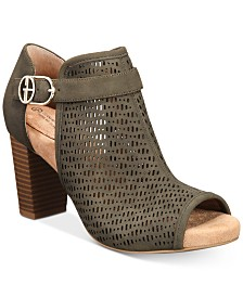 Giani Bernini Jaccee Memory-Foam Perforated Shooties, Created for Macy's