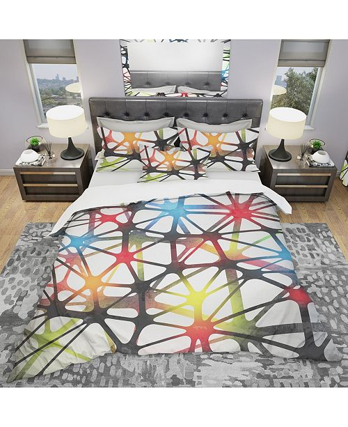 Design Art Designart 'Triangular Abstract Black And White Lined 3D Illustration' Modern and Contemporary Duvet Cover Set - King