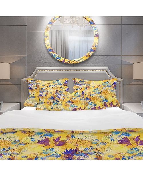 Design Art Designart 'Imprints Flowers And Herb Pattern' Modern and Contemporary Duvet Cover Set - Queen
