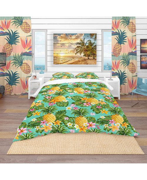 Design Art Designart 'Pinapples And Tropical Flowers' Tropical Duvet Cover Set - Queen