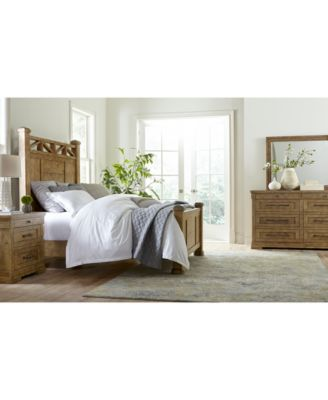Trisha Yearwood Homecoming Bedroom Nightstand