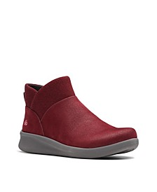 CloudSteppers Women's Sillian 2.0 Dusk Booties
