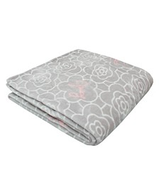 "Flower Grid 50"" x 70"" Plush Throw"