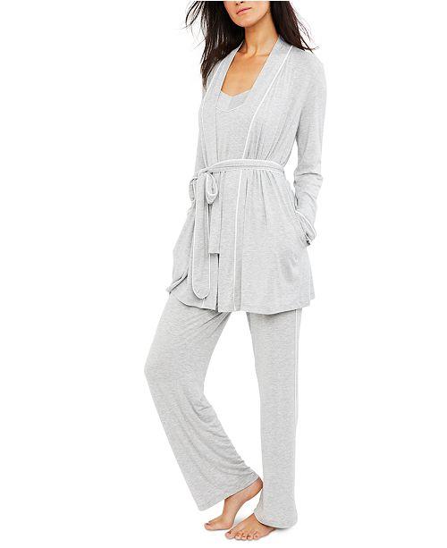 A Pea in the Pod Maternity Nursing Pajama Set