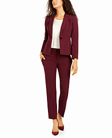 Le Suit One-Button Pant Suit