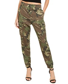 GUESS Camouflage-Print Cargo Pant