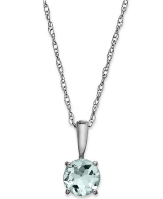 Peridot Pendant Necklace in 14k Gold (5/8 ct. t.w.)
