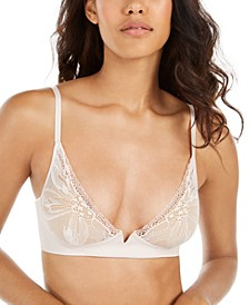Women's Wirefree Petal Lace Unlined Plunge Bra QF5357
