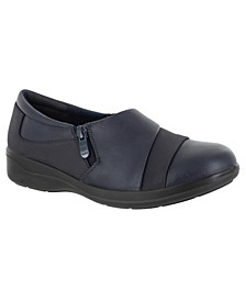 Gavyn Comfort Flats